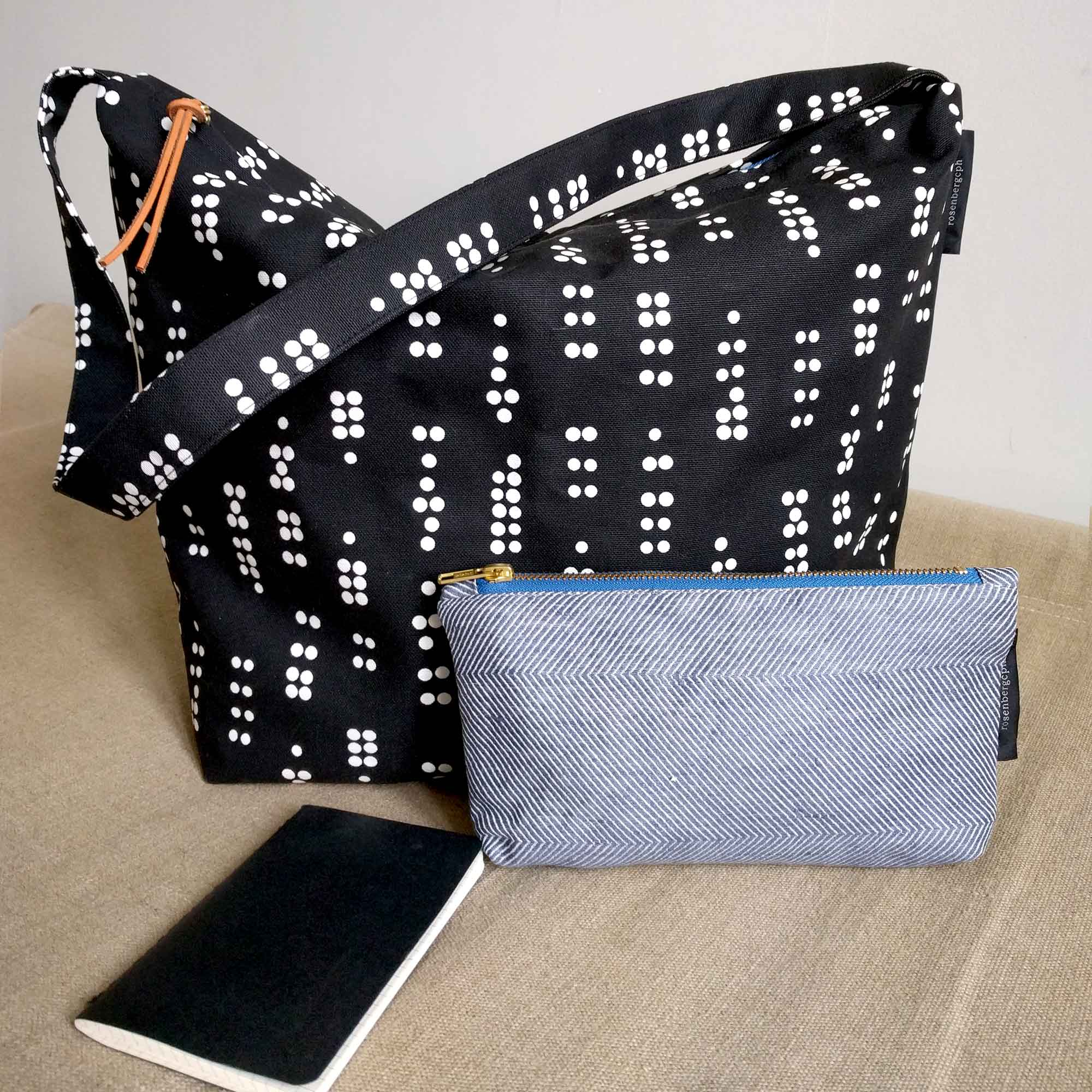 Alt shoulder bag, Dot black