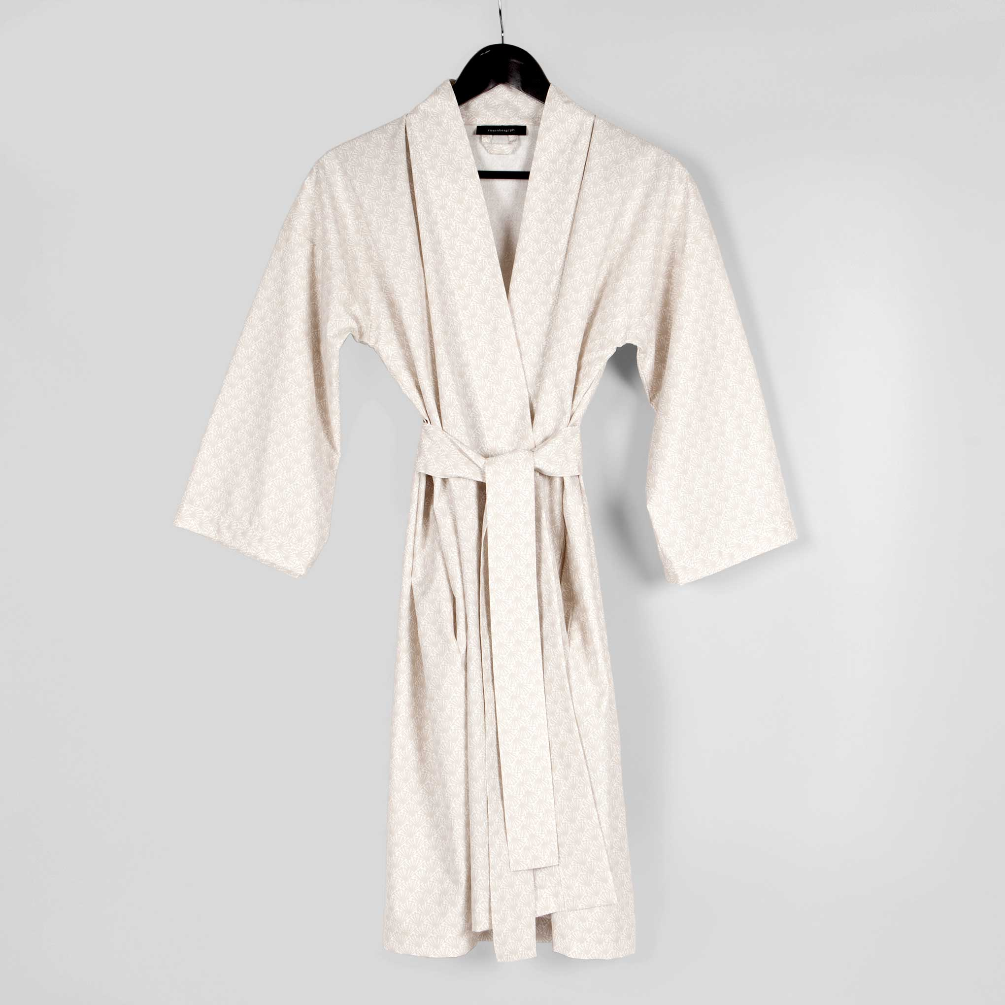 Bathrobe: Bathrobe, Fili Sand