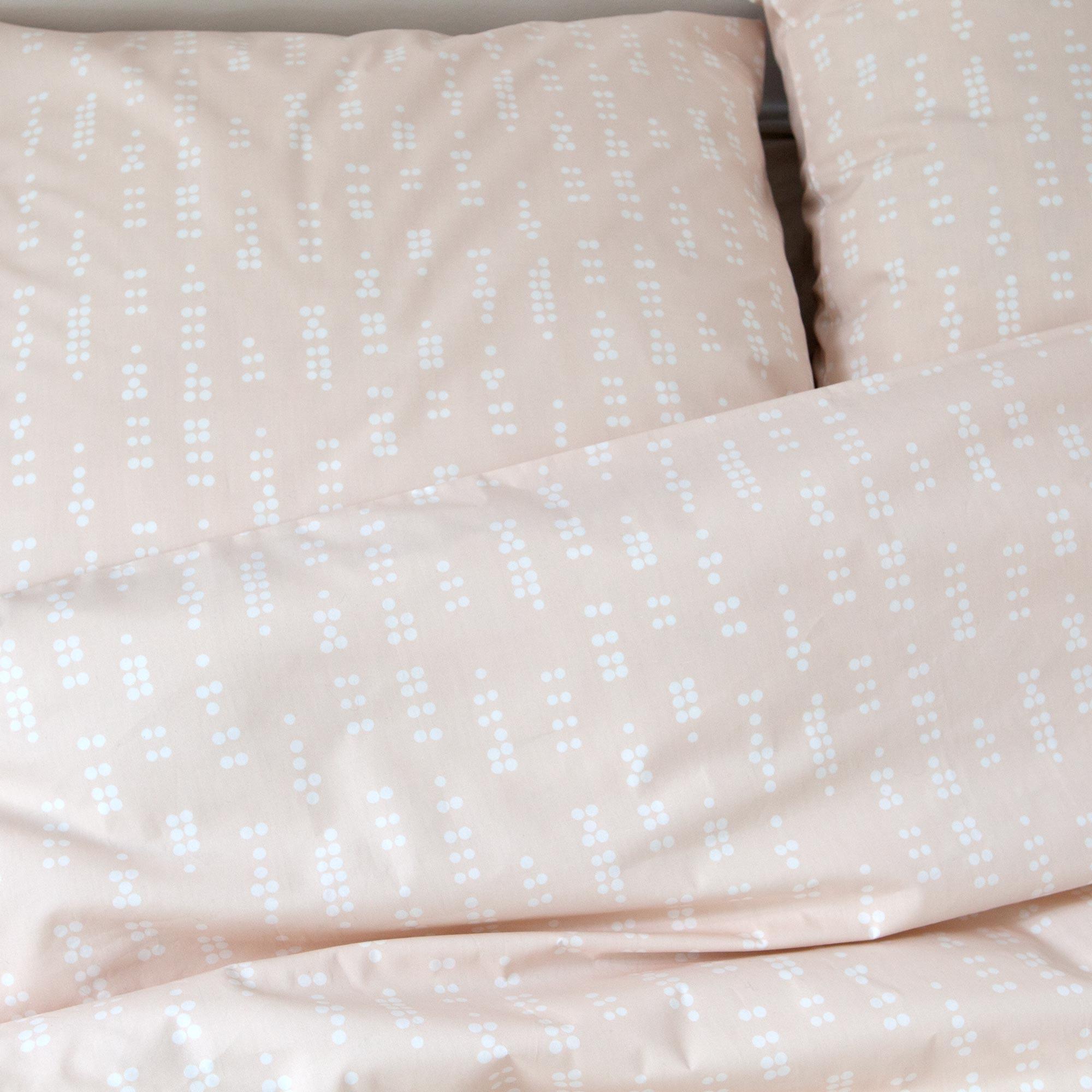 Bed linen, Dot sea shell, design Anne Rosenberg, RosenbergCph