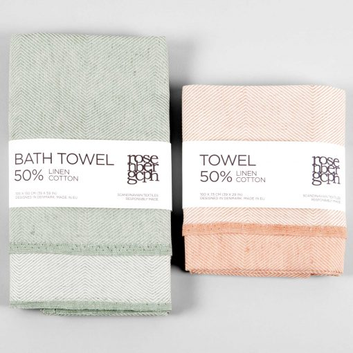 Bath towel and towel in green and coral