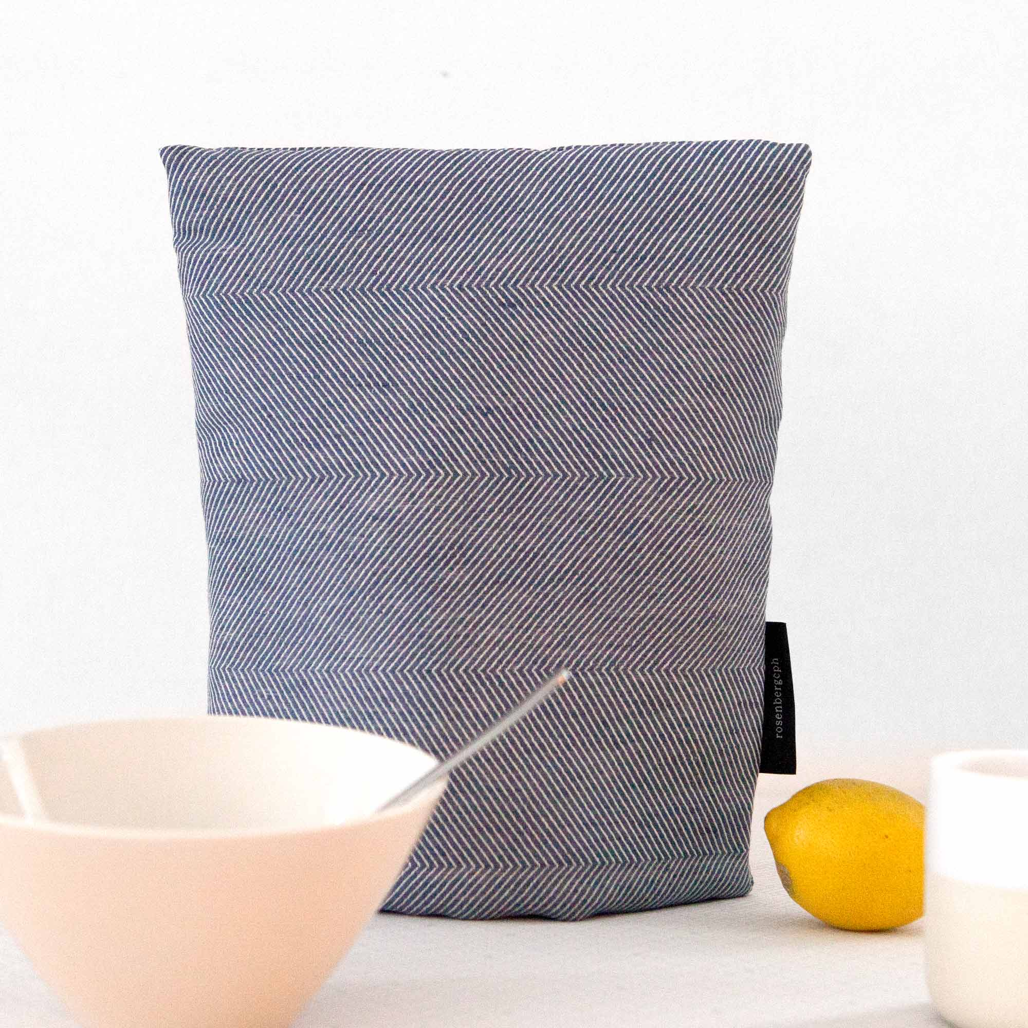 Coffee cosy, linen/cotton blue