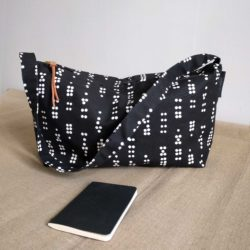Enter shoulder bag, Dot black
