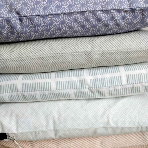 Organic cotton and linen cushions