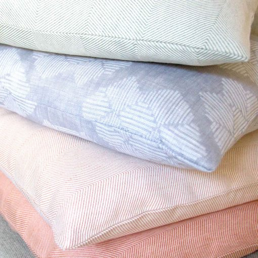 Square linen cushions, Desert Roses grey