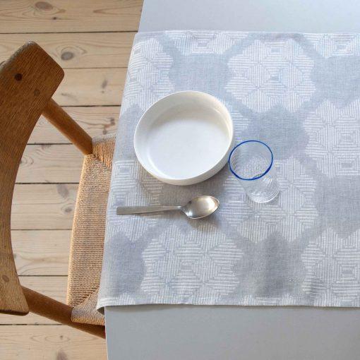 Table runner, Desert Roses Grey, 100% linen