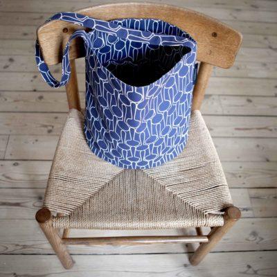 Tate bucket bag, Big drop blue black, design Anne Rosenberg, RosenbergCph