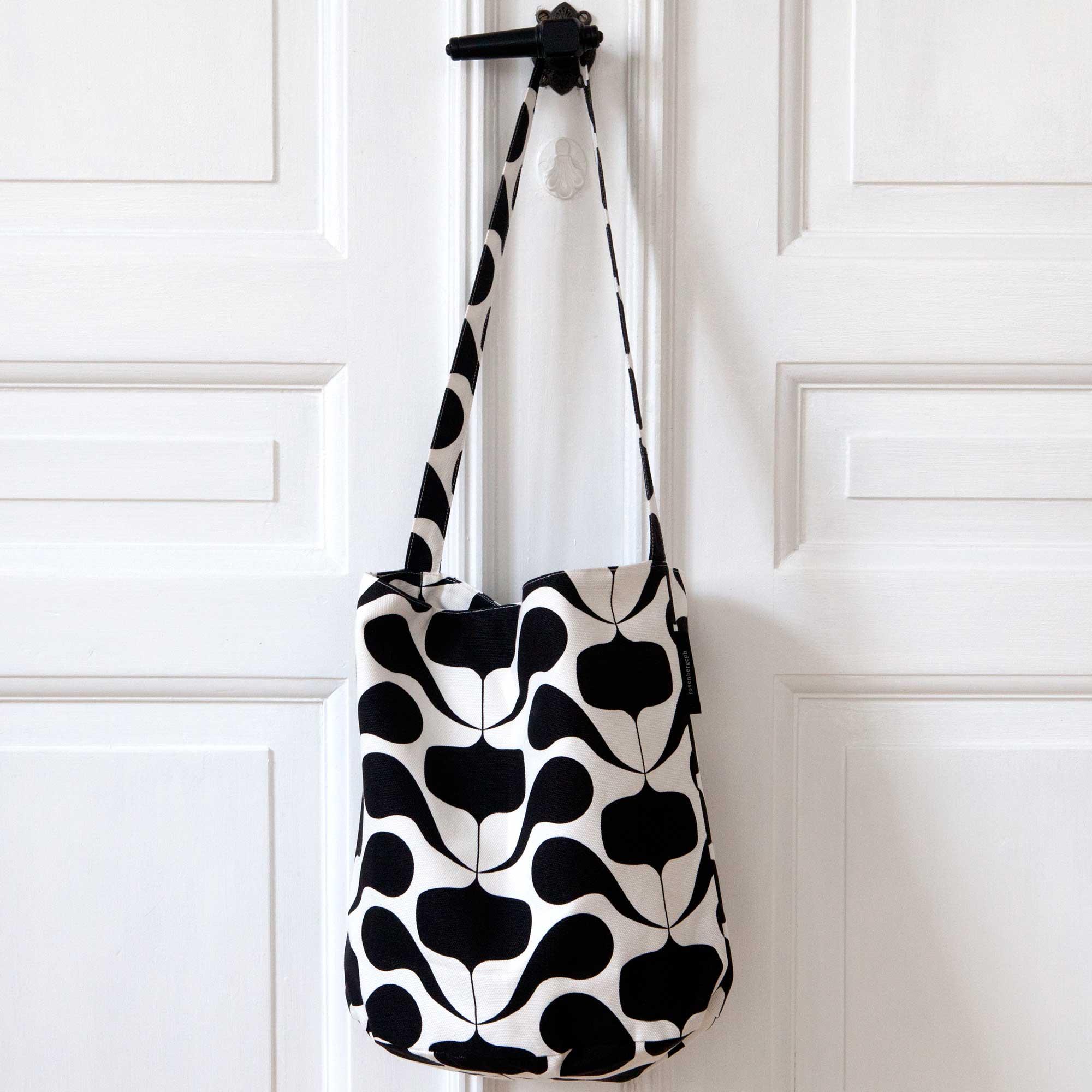 Tate bucket bag, Figus black, design Anne Rosenberg, RosenbergCph