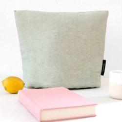Tea cosy, linen/cotton, aqua green