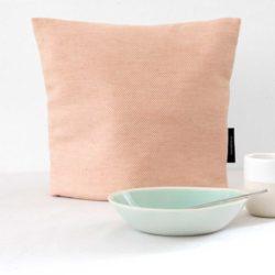 Tea cosy, linen/cotton, coral