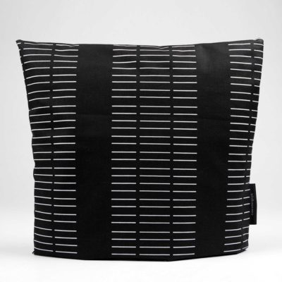 Tea cosy, Dash black